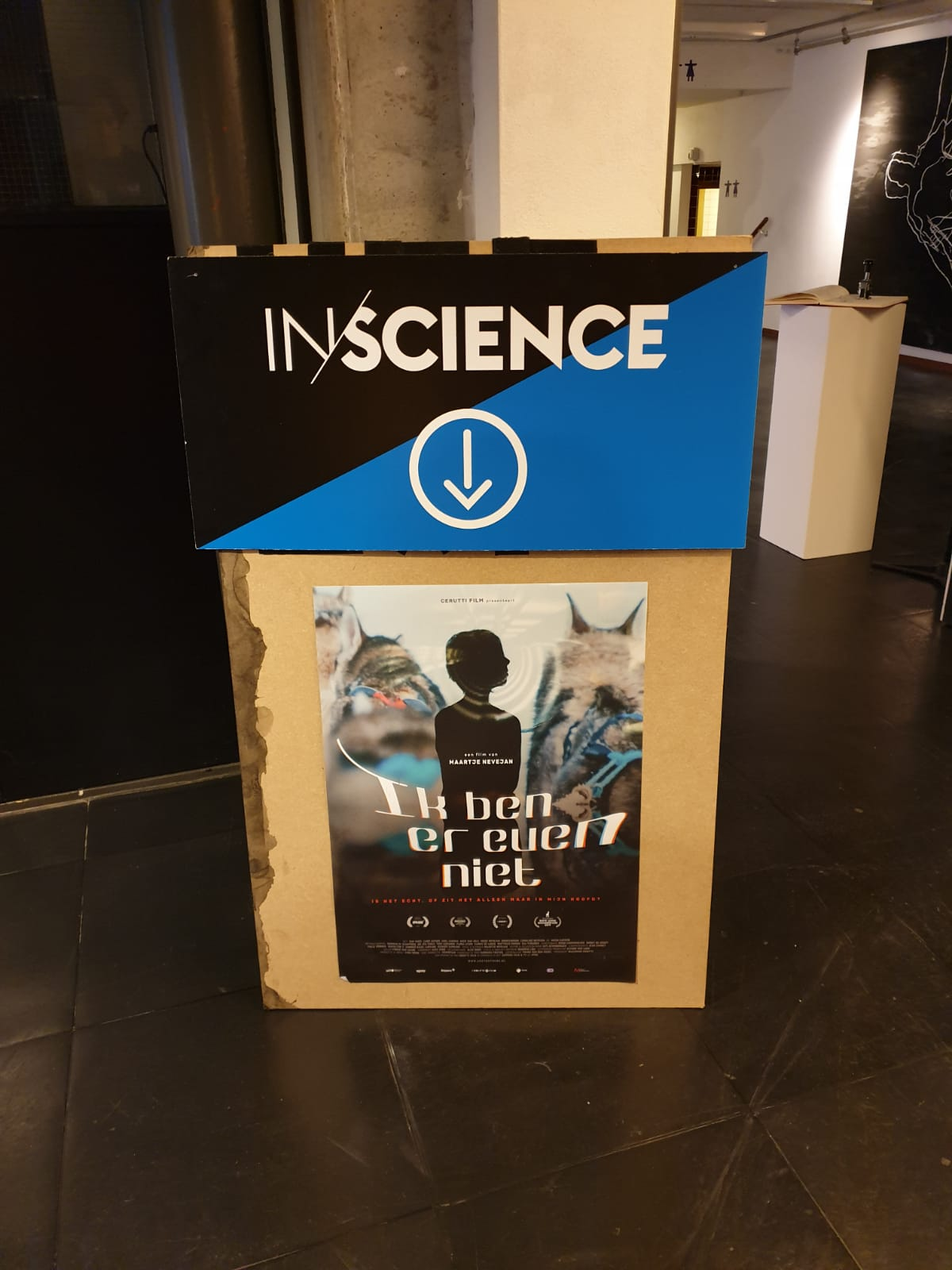 """Are you there"" winner Inscience Jury Award 2019."